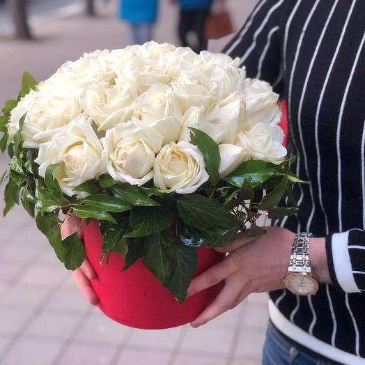 Коробочка из роз в прекрасном исполнении: букеты цветов на заказ Flowwow