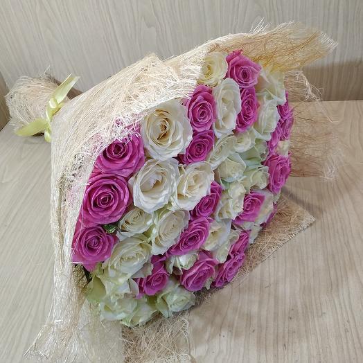 Букет микс из 29 роз: букеты цветов на заказ Flowwow