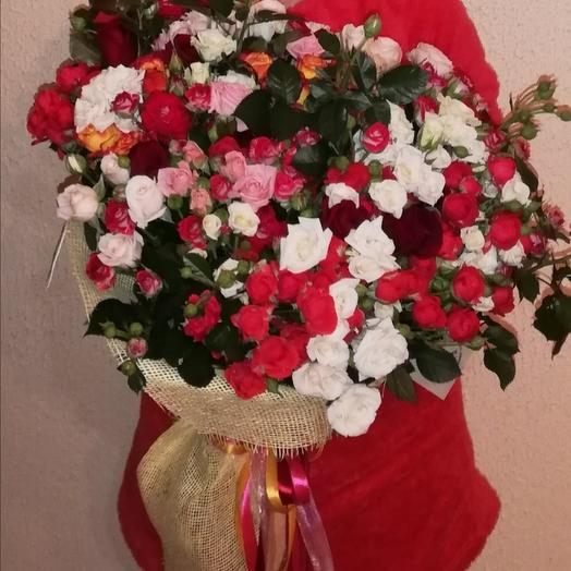 "A beautiful bouquet of ""love"": flowers to order Flowwow"