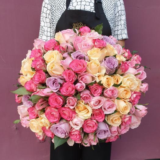 Очаровательный букет роз💞: букеты цветов на заказ Flowwow