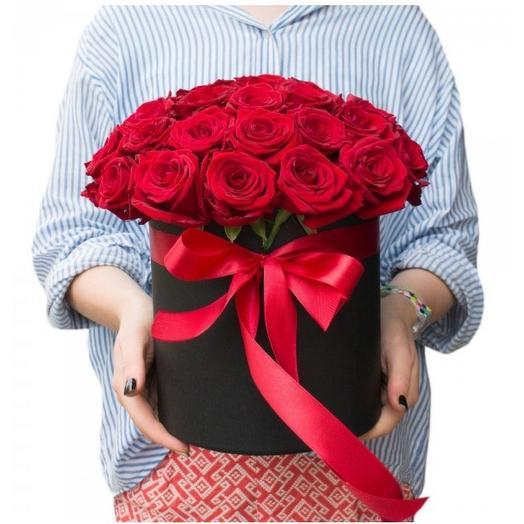 Роза в шляпной коробке: букеты цветов на заказ Flowwow
