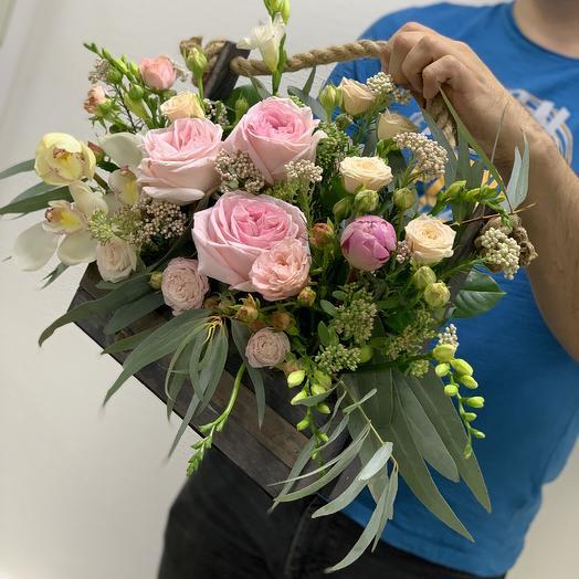 Ящик Премиум: букеты цветов на заказ Flowwow