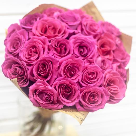 Букет из розовых роз: букеты цветов на заказ Flowwow