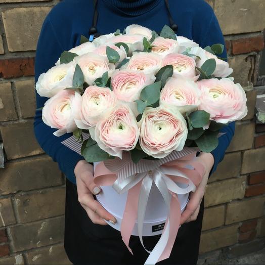 Роскошные ранункулюсы: букеты цветов на заказ Flowwow