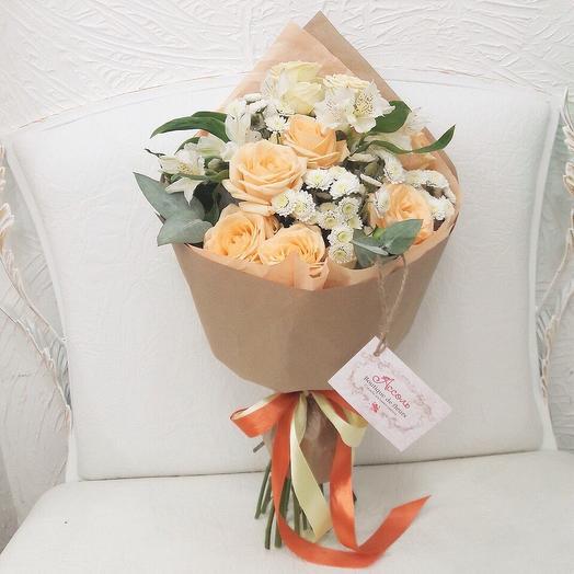 Юность: букеты цветов на заказ Flowwow