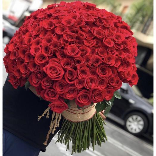 Эквадорские розы 151 шт: букеты цветов на заказ Flowwow