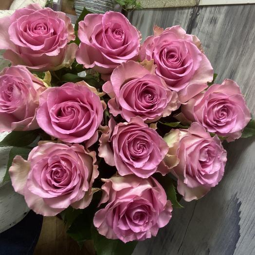 11 роз 70 см: букеты цветов на заказ Flowwow