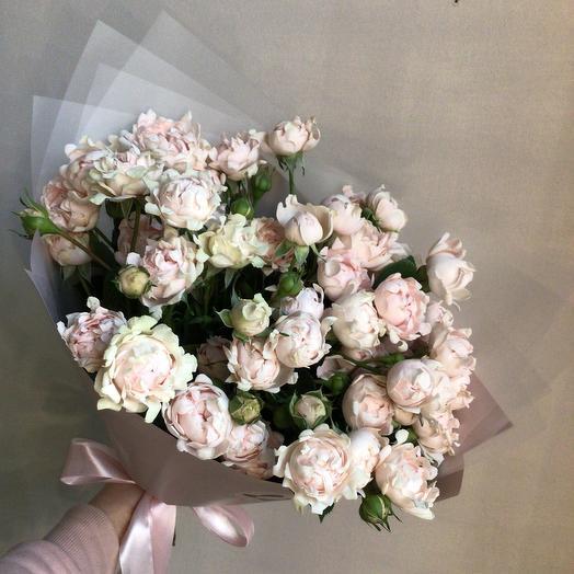 Пионовидные премиальные розы
