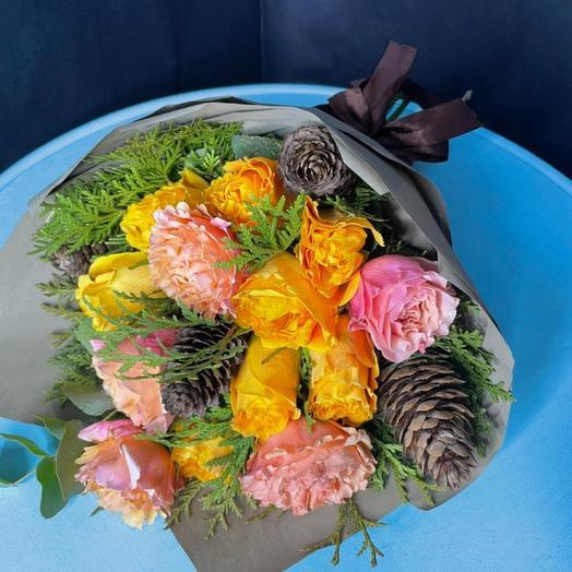 Букет из 13 пионовидных роз