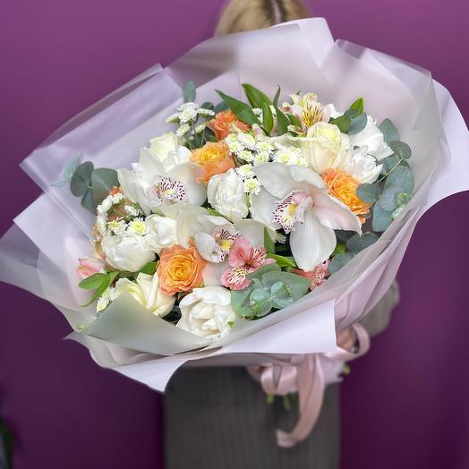 Букет из цветов «Пудровые оттенки»