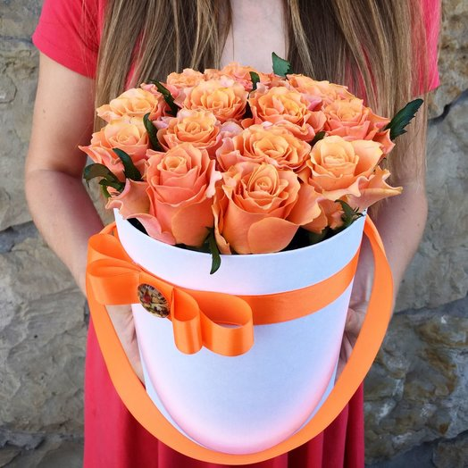 "Cylinder with roses ""orange"": flowers to order Flowwow"