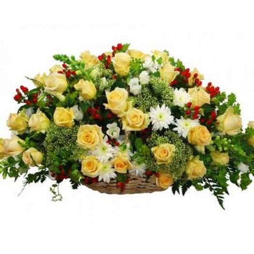 Гладиолусов цветы, букет на 65 лет женщине