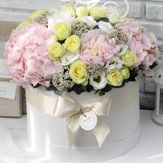 Цветы в коробке XL (40 см) 0580: букеты цветов на заказ Flowwow