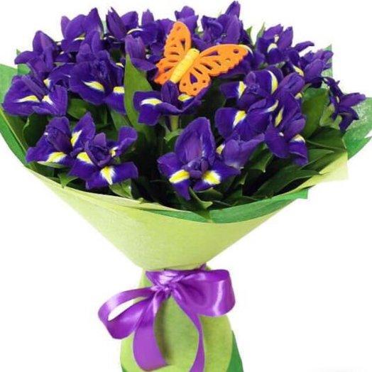 25 Ирисов: букеты цветов на заказ Flowwow