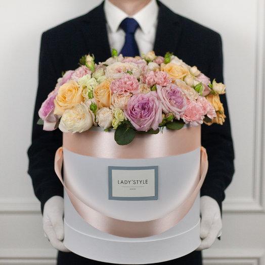 Авторский букет 1 в шляпной коробке XL: букеты цветов на заказ Flowwow