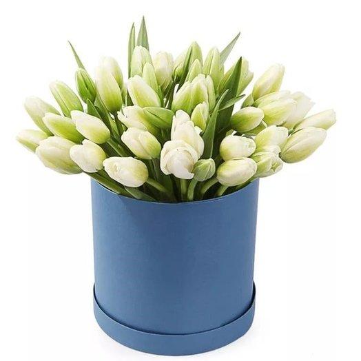 """Шляпная коробка """"Подснежники весной"""": букеты цветов на заказ Flowwow"""