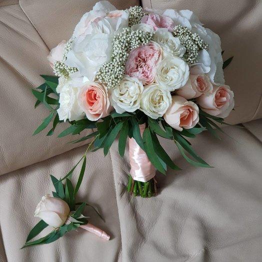букет невесты с озотамнусом