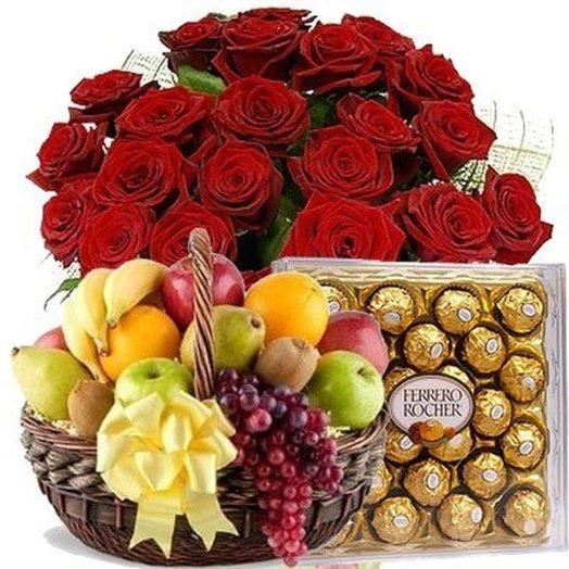 Набор 25 красных роз, Ферреро Роше 300 гр, Фрукты Код 180093