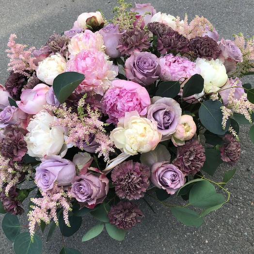 Корзина с счастьем: букеты цветов на заказ Flowwow