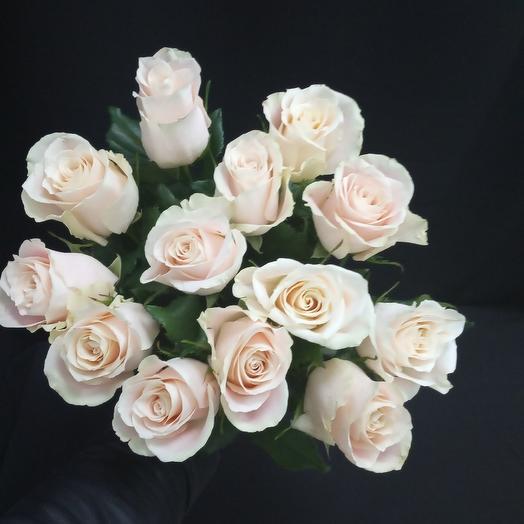 Роза кремовая: букеты цветов на заказ Flowwow