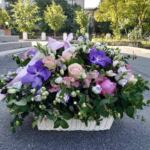 """Корзина """"Великолепный век"""": букеты цветов на заказ Flowwow"""