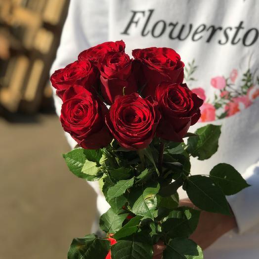Розы. Букет из 7 кенийских роз. N547: букеты цветов на заказ Flowwow