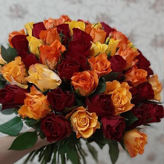 Mono 55 bouquet of Kenyan roses
