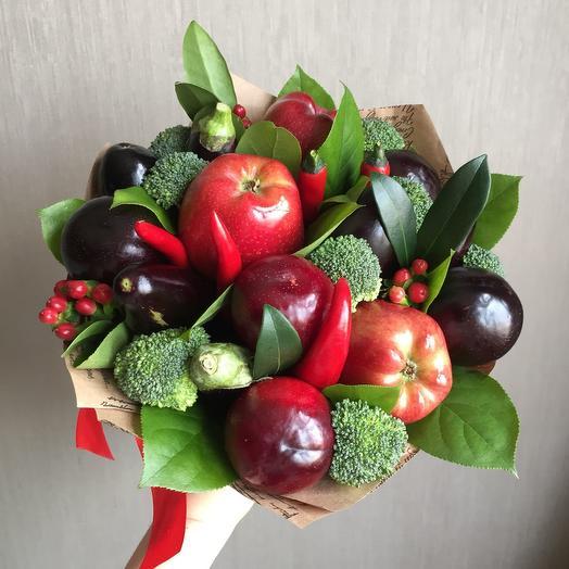 """Букет из фруктов """"Овощной"""": букеты цветов на заказ Flowwow"""