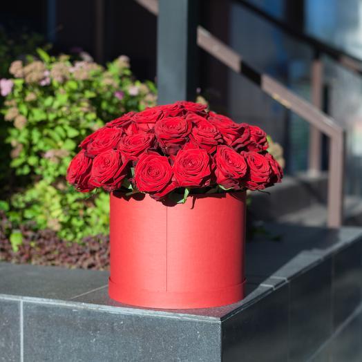 Red box 25: букеты цветов на заказ Flowwow