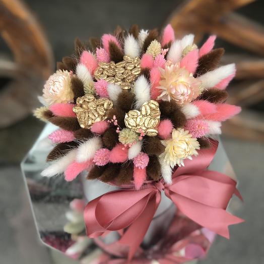 Шляпная коробка N 1: букеты цветов на заказ Flowwow