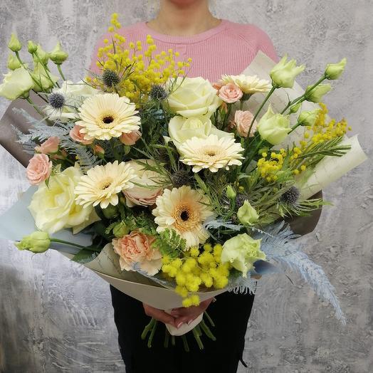 Авторский букет из гермини, роза и мимозы: букеты цветов на заказ Flowwow