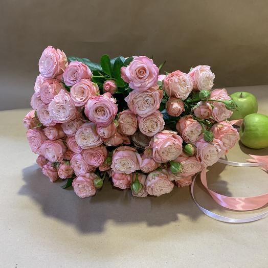 Розы Мадам Бомбастик: букеты цветов на заказ Flowwow