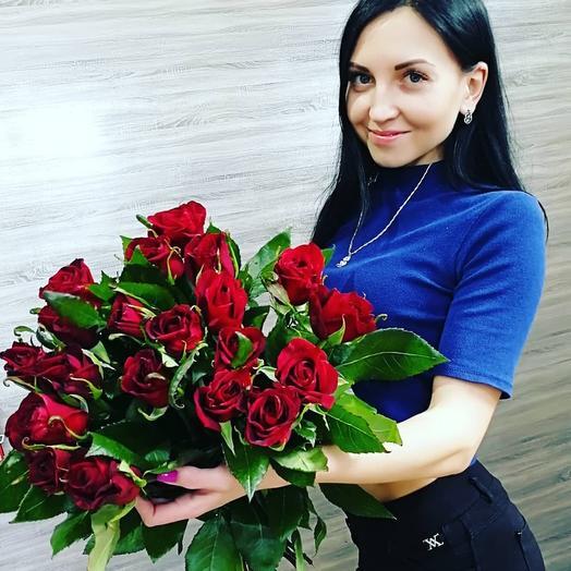 ✅ Букет 25 красных роз под ленту