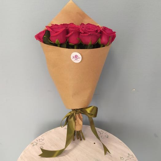 Букет из 9 подмосковных роз