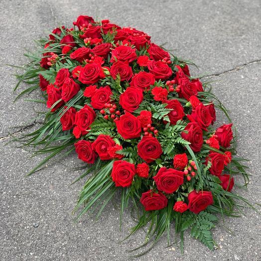 Траурная Композиция Классическая красные розы 🌹