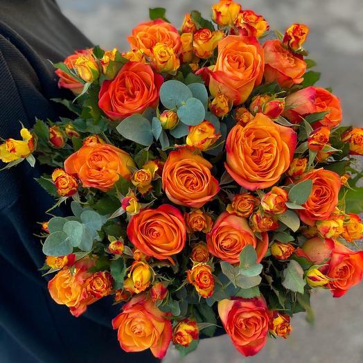 Bouquet MiX of single-headed rose Ecuador, spray rose and eucalyptus