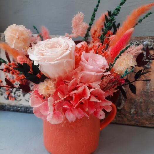 Персиковый букет с лавандой