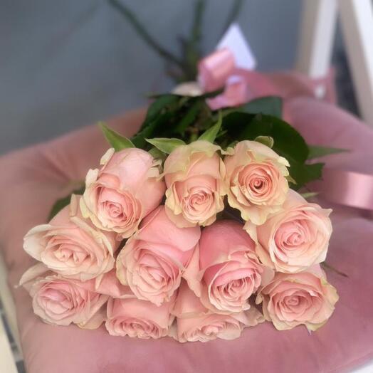 Монобукет 11 Роз сорта Fruteto 60см