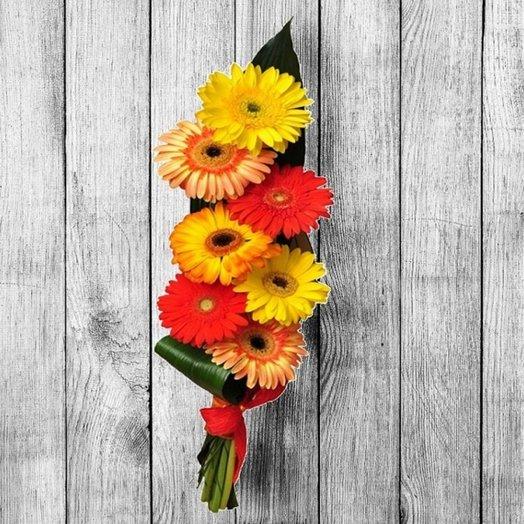 Вертикаль: букеты цветов на заказ Flowwow