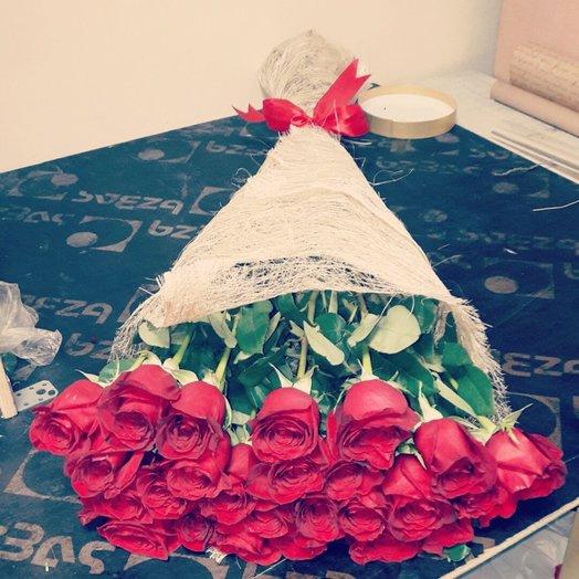 25 шт красная роза: букеты цветов на заказ Flowwow