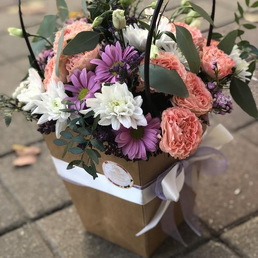 Композиция в пакете: букеты цветов на заказ Flowwow