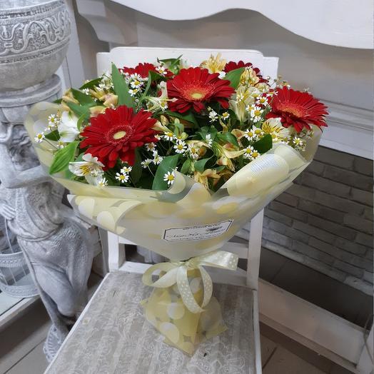 Полевой букет с ромашками: букеты цветов на заказ Flowwow