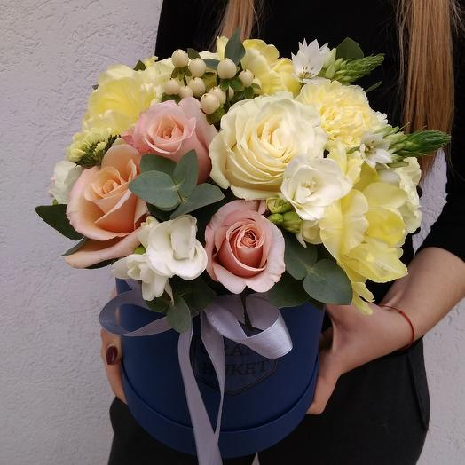 """Шляпная коробка """"Весна"""": букеты цветов на заказ Flowwow"""