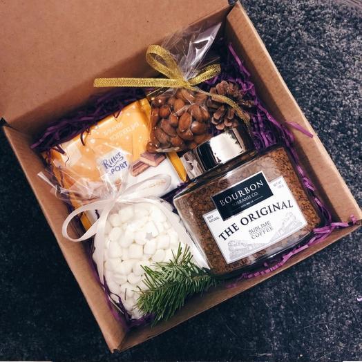 """Подарочный набор """"Кофе/Орехи/Шоколад"""": букеты цветов на заказ Flowwow"""