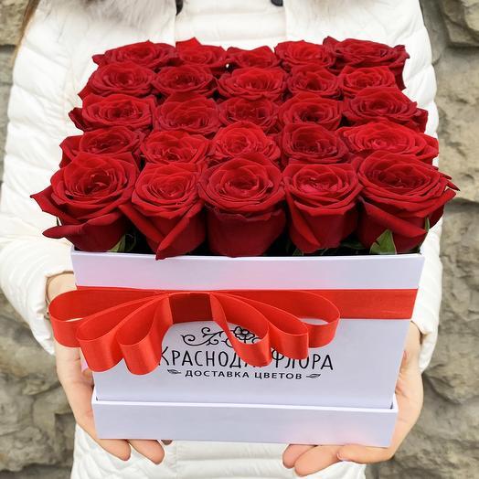 Квадратная коробка роз 25 шт: букеты цветов на заказ Flowwow