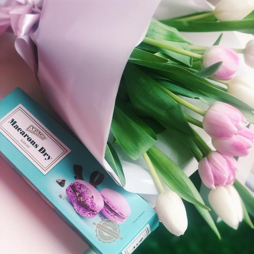 Набор 2: букеты цветов на заказ Flowwow