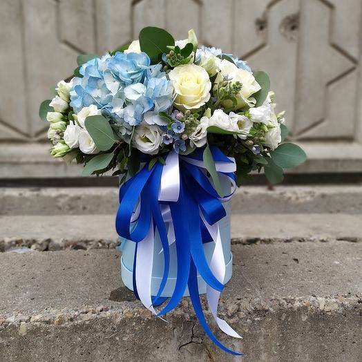 Композиция Голубая мечта: букеты цветов на заказ Flowwow