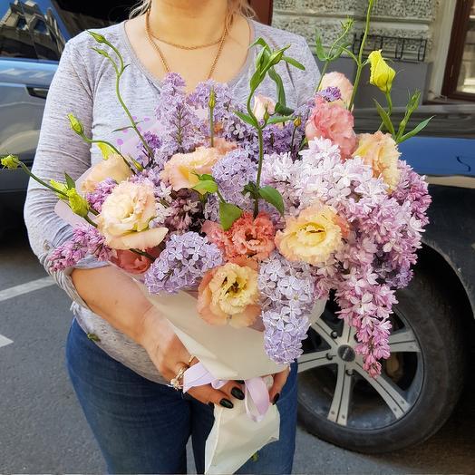 Лизиантус в сирени по супер цене: букеты цветов на заказ Flowwow