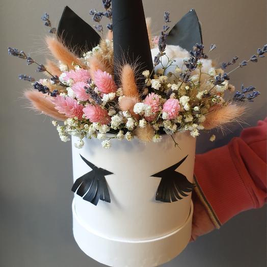 Единорожка: букеты цветов на заказ Flowwow