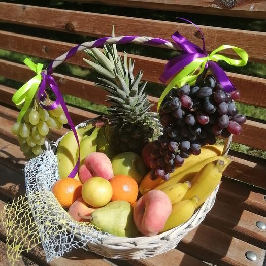 Подарочная корзина 4 кг: букеты цветов на заказ Flowwow